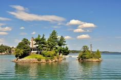 The smallest international bridge, between Canada and the USA, Thousand Islands, St Lawrence River | by David Martín López, via 500px