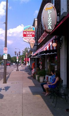Grand Ole Creamery - 27 years in business - 1st retail ice cream parlor in St. Paul