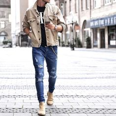 Yes or No? Via @gentwithstreetstyle Follow @mensfashion_guide for more! By @_maglu_ #mensfashion_guide #mensguides