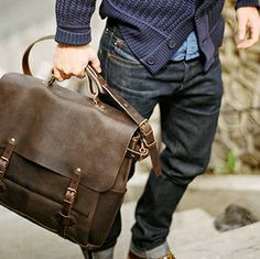 Bleu de Chauffe | Men | Leather 48H business bag | Postman Bag Irving | Sac cuir homme made in France