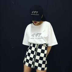 Korean Fashion Trends you can Steal – Designer Fashion Tips Fashion 90s, Ulzzang Fashion, Grunge Fashion, Asian Fashion, Look Fashion, Fashion Outfits, Womens Fashion, Fashion Trends, Tokyo Fashion