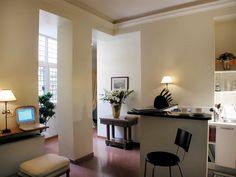 YELLOW Apartment - Living Room