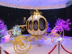 Christmas display in Paris