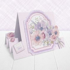 Hunkydory's Pearl Bouquet Card Collection features Luxurious Pearlescent Foil for truly stunning cards! Pearl Bouquet, Stepper Cards, Hunkydory Crafts, Hunky Dory, Luxury Card, Paper Crafts, Diy Crafts, Handmade Birthday Cards, Blank Cards