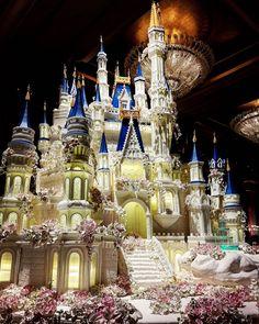 """2,375 Likes, 129 Comments - LeNovelle Cake (@lenovellecake) on Instagram: """"The Disney Inspired Castle Wedding Cake from another angle  #standtallandproud #lenovelle…"""""""