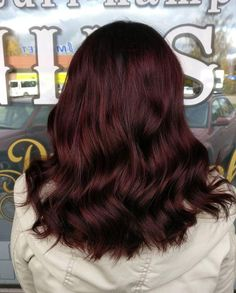 60 Most Gorgeous Hair Dye Trends For Women To Try In 2019 Hair Color mahogany hair color Coffee Brown Hair, Light Brown Hair, Dark Red Hair Dye, Dark Res Hair, Dark Red Hair With Brown, Grey Hair Wig, Warm Blonde Hair, Dark Brown, Brown Hair Colors