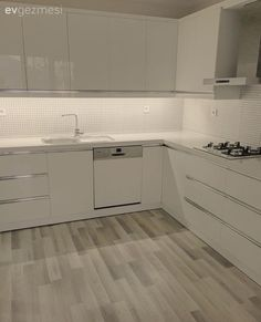 Mutfak, Beyaz mutfak, Mutfak tadilat, Modern mutfak, Laminant parke Source by merbules Kitchen Room Design, Ikea Kitchen, Home Decor Kitchen, Kitchen Interior, Kitchen Ideas, Smart Kitchen, Kitchen Modern, Laminate Flooring In Kitchen, Kitchen Remodel Cost