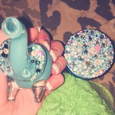 Glamorous elephant pipe and weed grinder from ShopStayWild.com ✨ makes me think of my auntie