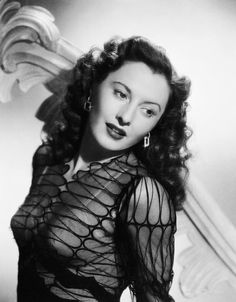 Barbara Stanwyck, born Ruby Catherine Stevens (July 16, 1907 – January 20, 1990) She was a film and television star, known during her 60-year career as a consummate and versatile professional with a strong, realistic screen presence, and a favorite of directors including Cecil B. DeMille, Fritz Lang and Frank Capra.Stanwyck was married twice, to Burlesque star Frank Fay and later actor Robert Taylor, both marriages ended in divorce. Stanwyck died on January 20, 1990 of congestive heart…