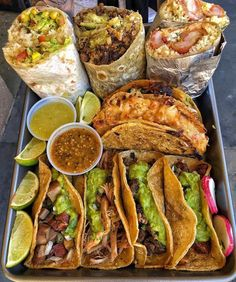 It's And I'm hungry Think Food, I Love Food, Mexican Food Recipes, Healthy Recipes, Ethnic Recipes, Tacos And Burritos, Comfort Food, Food Goals, Aesthetic Food