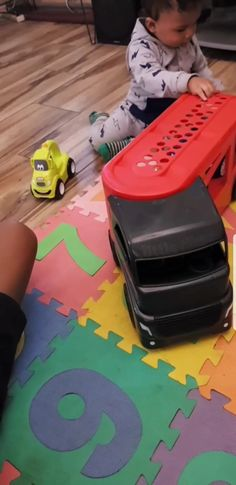 Something to keep the kids entertained during floor play time. Little Tikes from Prima Toys to keep kids busy and still encourage floor play.