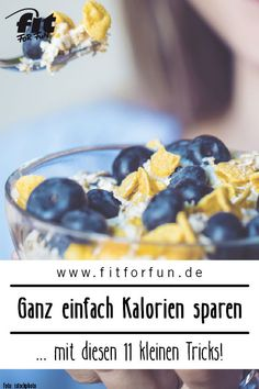 Kalorien sparen und weniger essen ist viel einfacher, als du denkst. Mit diesen … Saving calories and eating less is much easier than you think. With these 11 little tips you will lose weight easier – without waiver! Feta Cheese Nutrition, Scitec Nutrition, Proper Nutrition, Nutrition Education, Spaghetti Squash Nutrition, Healthy Cooking, Healthy Recipes, Low Carb Crackers, Healthy Sweet Treats