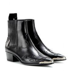 mytheresa.com - Tronchetti in pelle con punta metallica - Tacco medio - Tronchetti - Scarpe - Luxury Fashion for Women / Designer clothing, ...