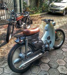 Ewet Aja, ECC Honda Scooters, Honda Bikes, Honda Motorcycles, Moto Car, Moto Bike, Moped Scooter, Scooter Girl, Custom Moped, Honda Cub