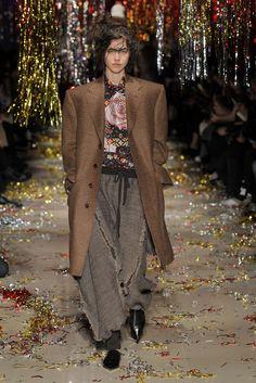 Vivienne Westwood | Paris | Inverno 2016 - Vogue | Desfiles