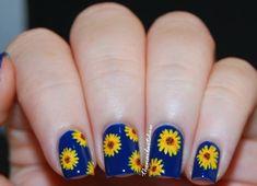 88 Amazing Sunflower Nail Art Design For This Summer 2017 - Blurmark