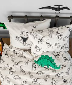 B&W Dinosaur bedding