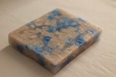 https://flic.kr/p/Kb3q7F | PLATITO RECTANGULAR QUE PARECE DE MÁRMOL – HECHO DE CERA | Platito rectangular, hecho de cera, que parece de mármol. Sus colores son: rosa y azul; con aceite esencial 100% natural de lavanda. Tamaño: 110 x 85 mm.  Artesanal.  También en:  www.ilmiomondoincera.com