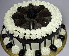cakes in Manikonda | Midnight cake delivery in Hyderabad Order Cakes Online, Cake Online, Chocolate Fruit Cake, Chocolate Recipes, Black Forest Birthday Cake, 24th Birthday Cake, Lemon Cake Bars, Fresh Cake, Online Cake Delivery