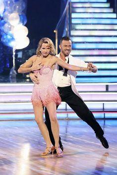 "Wk3 Lea & Artem danced Cha-Cha-Cha to ""The Power of Love"""