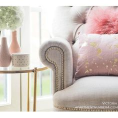 Splash of Gold Cushion - The French Bedroom Company - Inspired by Gustave Caillebotte