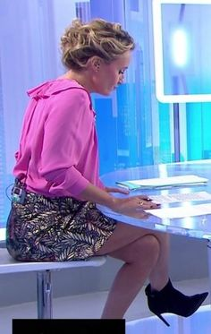 02 02 2014 caroline roux pinterest - Presentatrice c dans l air ...