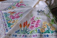 Your place to buy and sell all things handmade Embroidery Transfers, Embroidery Stitches, Vintage Sewing Rooms, Coloring Book Art, Vintage Tea, Vintage Linen, Vintage Wedding Theme, Linen Tablecloth, Cottage Chic
