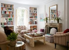 Beautiful room - live the tall bookcases and the vibe of the relaxed sophistication.