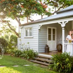 Queenslander House, Weatherboard House, Southern Homes, Country Homes, Cute Cottage, Farm Stay, Cottage Exterior, Australian Homes, House Goals