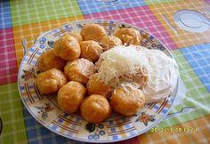 Krumplis tészta gombóc Hungarian Cuisine, Hungarian Recipes, Hungarian Food, Pretzel Bites, Side Dishes, Snack Recipes, Goodies, Potatoes, Chips