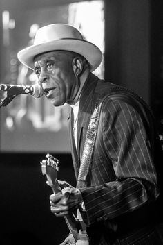 Buddy Guy, Black Artwork, Rock Groups, Music Stuff, Rolling Stones, Rock And Roll, Musicians, Jazz, Blues