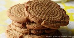 Grandma (and Grandpa) know best with these 60 heirloom recipes. Old-Fashioned Peanut Butter Cookies My mother insisted that my grandmother write down one recipe for her when she got married in Secret Cookie Recipe, Peanut Butter Cookie Recipe, Köstliche Desserts, Delicious Desserts, Dessert Recipes, Dessert Healthy, Healthy Baking, Baking Recipes, Cookie Recipes