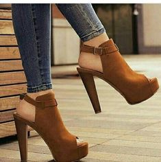high heels – High Heels Daily Heels, stilettos and women's Shoes Dream Shoes, Crazy Shoes, Me Too Shoes, Stilettos, Pumps Heels, Stiletto Heels, Suede Heels, Strappy Shoes, Tan Heels