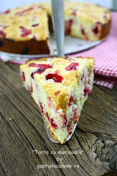 You will find here various recipes mainly traditional Romanian and Mediterranean, but also from all around the world. No Cook Desserts, Sweets Recipes, Cake Recipes, Cooking Recipes, Romanian Desserts, Romanian Food, Cake & Co, Food Cakes, Sweet Treats
