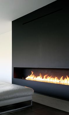 Hottest Snap Shots Contemporary Fireplace wall Strategies Modern fireplace designs can cover a broader category compared for their contemporary counterparts. Ethanol Fireplace, Home Fireplace, Fireplace Design, Linear Fireplace, Contemporary Bedroom, Contemporary Design, Contemporary Cottage, Contemporary Wallpaper, Diy Home Decor