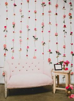 Cool 43 Incredible Backdrop Photo Booth on Your Special Day https://weddmagz.com/43-incredible-backdrop-photo-booth-on-your-special-day/