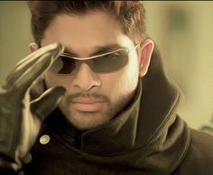 #AlluArjun #Celebrities #Tollywood Telugu Movie #Actor. Check out more pictures: http://www.starpic.in/tollywood-telugu/allu-arjun.html