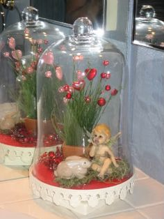 Angel and bunny love Angel and bunny love - San Valentin Regalos Caja Valentines Day Hearts, Vintage Valentines, Valentine Day Crafts, Happy Valentines Day, Valentine Ideas, Valentine Heart, Glass Dome Display, Glass Domes, Bunny Love