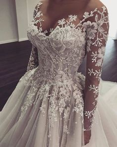 Wedding Gowns With Sleeves, Cute Wedding Dress, Long Wedding Dresses, Long Sleeve Wedding, Lace Wedding, Unique Wedding Gowns, Wedding Rings, Prettiest Wedding Dress, Fairytale Wedding Dresses