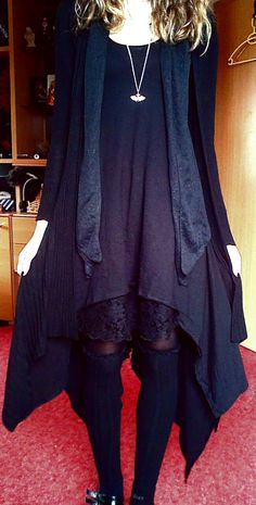 Dark Mori Fashion and Lifestyle omg totally me, lol. Witch Fashion, Gothic Fashion, Autumn Fashion, Mori Girl Fashion, Lookbook, Alternative Fashion, Fashion Outfits, Womens Fashion, Style Me