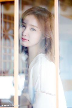 Shin Se-kyung (신세경) - Picture Korean Beauty, Asian Beauty, Bride Of The Water God, Shin Se Kyung, Singer Fashion, Yoo Ah In, Korean People, Classy Girl, Korean Actresses