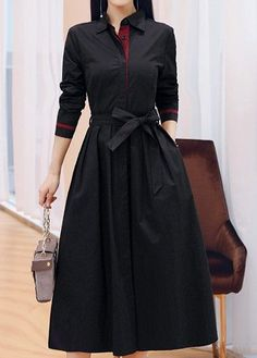 Frock Fashion, Indian Fashion Dresses, Indian Designer Outfits, Hijab Fashion, Pakistani Fashion Casual, Designer Dresses, Fashion Outfits, Modest Dresses, Stylish Dresses