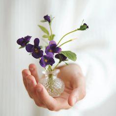 15gbp Devon Violet Arrangement Code Free, Fake Plants, Saturated Color, Gerbera, Silk Flowers, Devon, Glass Vase, Presents, Bloom