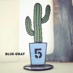 いいね!41件、コメント5件 ― ステンドグラスBlue-grayさん(@bluegray.bg)のInstagramアカウント: 「#ステンドグラス #stainedglass #ステンドグラス雑貨 #ハンドメイド #handmade #サボテン #cactus #多肉植物 #インテリア#カリフォルニアスタイル #green…」
