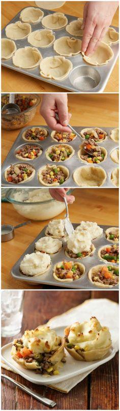 ADORABLE --> Mini Shepherd's Pot Pies
