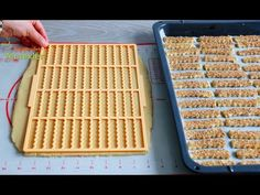 BU TARİF SİZE PASTANE AÇTIRIR ✅UZUN SÜRE BAYATLAMAYAN PASTANE KURABİYESİ 💯KIYIR KURABİYE TARİFİ - YouTube Cookie Videos, Food Art, Cookie Recipes, Food And Drink, Bread, Cookies, Baking, Pastry Recipe, Painting
