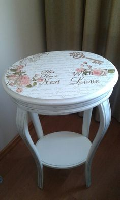 Mobili per decoupage – Recycled Furnitures Ideas Decoupage Furniture, Recycled Furniture, Refurbished Furniture, Paint Furniture, Shabby Chic Furniture, Shabby Chic Decor, Furniture Makeover, French Furniture, Shabby Chic Coffee Table