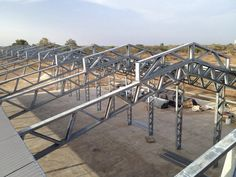 Ventilation opening in top of steelframe shed