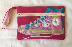 High Top Gym Boot Zipper Pouch Pink Gingham, Cotton Quilting Fabric, Bag Patterns, Pink Fabric, Applique Designs, Top Shoes, Zipper Pouch, School Bags, Pouches