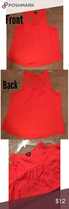 Cute Coral Top ❤️️ Coral Top. Worn less than 5 times. Size XL. Non smoking home. Accepting reasonable offer ☺️❤️️ Tops